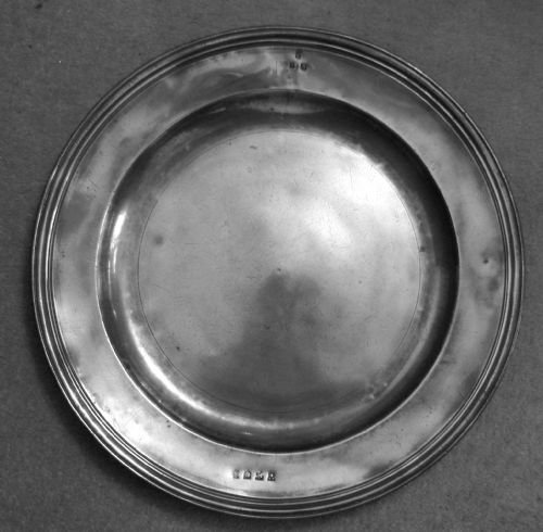 antique english pewter 165 in dia triple reeded dish circa 1680 by john greenbank or worcester