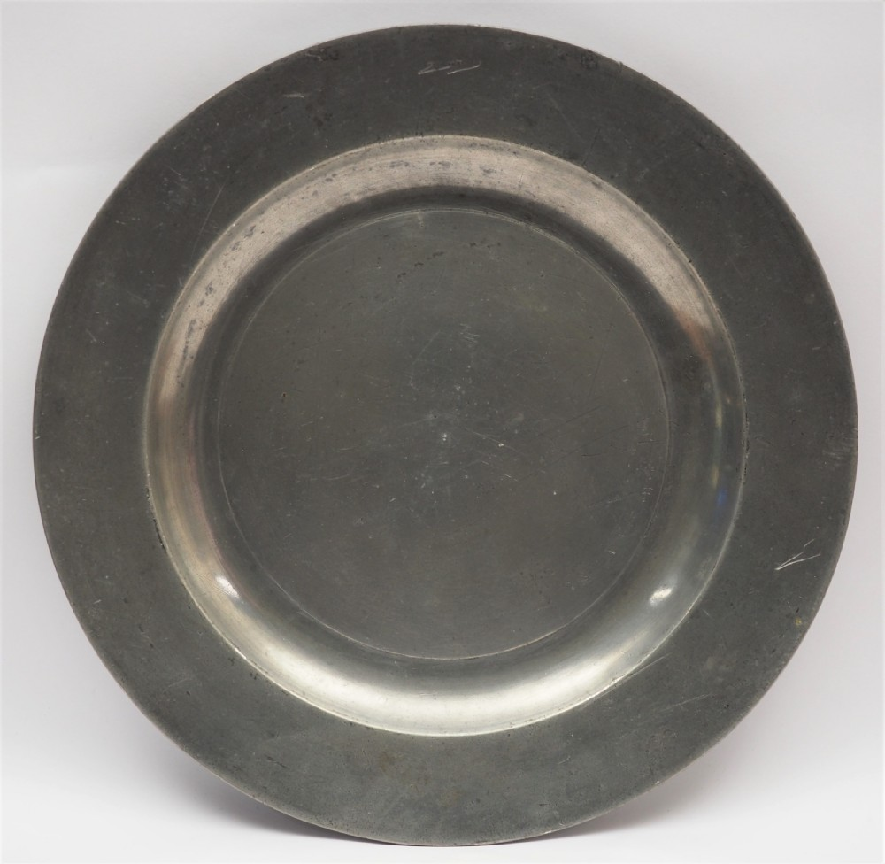 antique english pewter 9in plain rim plate by russell laugher of worcester circa1740